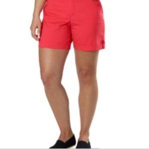 Gloria Vanderbilt Celina shorts NWT size 12 B235